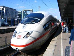 Alman demiryolu şirketi, otobüs şirketleriyle rekabetten biletlere zam yapamıyor