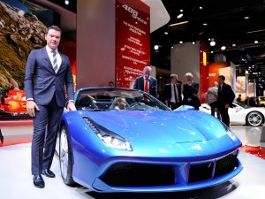 Ferrari'nin Frankfurt'taki kozu: 488 Spider