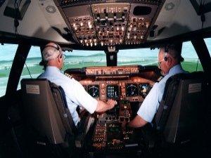 Kaptan pilot 'emir' verebilecek
