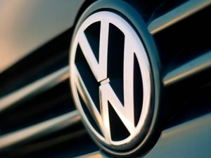 Volkswagen'e bir darbe de Alman bakandan