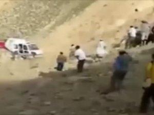 Helikopter pervanesi kafasını kopardı