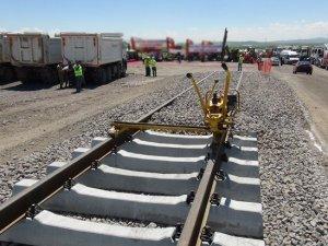 Bakü-Tiflis-Kars demiryolu tüm dünya için önemli bir proje
