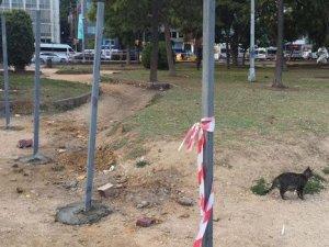 Fındıklı Parkı, metro şantiyesi için demir çubuklarla çevrelendi, vatandaş isyan etti