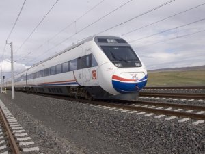 Bursa'ya hızlı tren yalan oldu, istasyon pas tuttu!