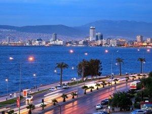 İzmir'i ziyaret eden turist sayısı azaldı