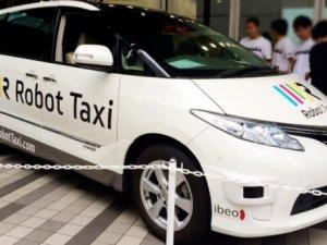 Robot Taksi devri başlıyor