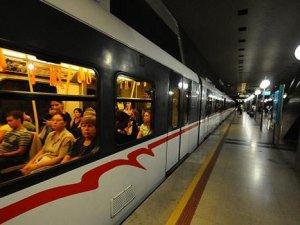 İzmir Metrosuda sefer sıklığı 90 saniyeye düşüyor