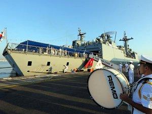 Kore Donanması'na ait iki gemi İzmir'e geldi