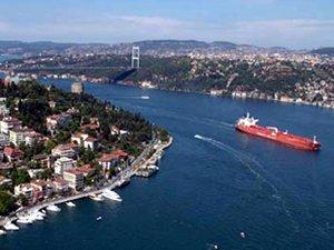 İstanbul Boğazı ve İzmit Körfezi gemi geçişlerine düzenleme