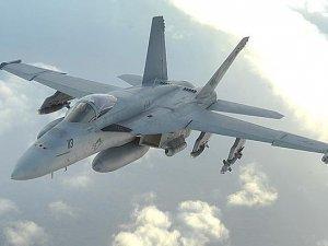 ABD'ye ait F18 düştü