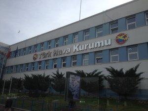 Türk Hava Kurumu'nun eski ve yeni yönetimi Anıtkabir'de birlik mesajı verdi