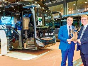 Uluslararası Yılın Otobüsü 2016 Ödülü Iveco'nun