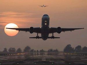 Uçuşlar resmen durduruldu
