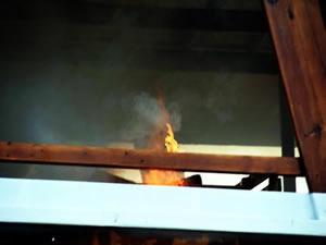 Bodrum'da Çiftlik Tersanesi'nde Şakir Başaran adlı tur teknesinde yangın çıktı