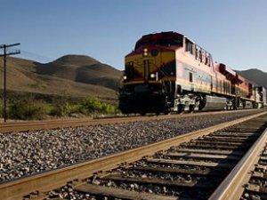 Türk şirketi iki ülkeyi demiryolu ile birbirine bağladı