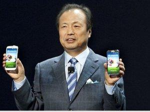 Samsung'un akıllı cep patronu değişti