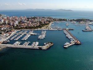 Fenerbahçe - Kalamış Limanı'nda yapılaşma ısrarı