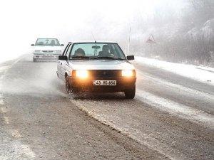 Karda araç kullanan sürücülere uyarılar