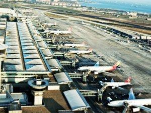 Atatürk Havalimanı zirveyi zorluyor