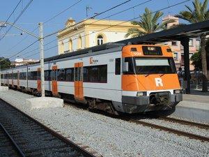 Tren hattı hırsızlık yüzünden kapandı!