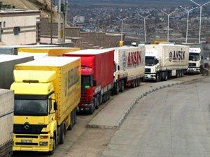 Azerbaycan ek feribot seferleri düzenledi, Türk TIR kuyruğu yarı yarıya azaldı