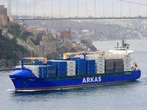 Arkas Holding, 2015 yılında 120 milyon dolar yatırımla 10 adet ikinci el gemi satın aldı