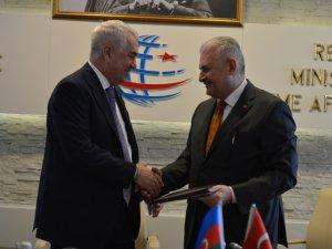 Bakü-Kars-Tiflis Demir yolu Projesi yıl sonuna kadar tamamlanacak