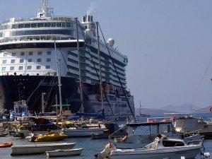 'Yüzen oteller' Muğla'ya 200 bin turist getirdi''