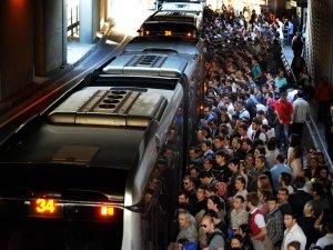 İstanbul'da ulaşıma yapılan zam mahkemelik oldu
