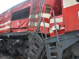 Manisa'da tren kazası: 2 yaralı