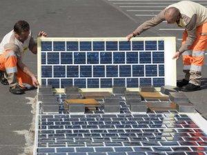 Fransa, güneş enerjili yol yapacak