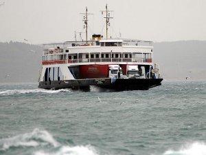 Kuzey Ege'de deniz ulaşımına lodos engeli