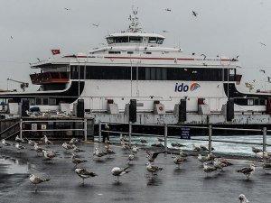 Marmara'da deniz ulaşımına fırtına engeli