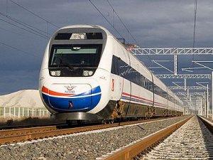 Davutoğlu, Erzincanın hızlı tren projeleri için kolları sıvadık