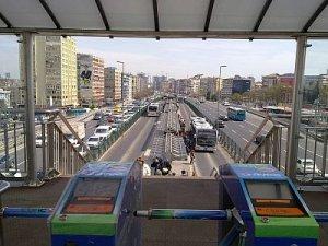 İstanbul Beylikdüzü Metrobüsü yeni uygulaması ile adeta kan ağlayacak