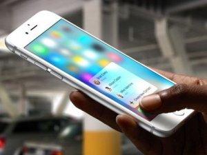 Apple, iPhone 6s için iki yeni tanıtım videosu yayınladı