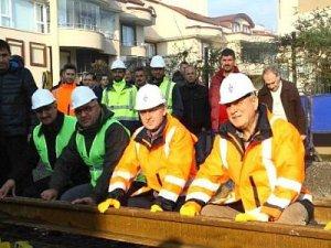Otogar-Sekapark tramvay hattının ilk rayları monte edildi