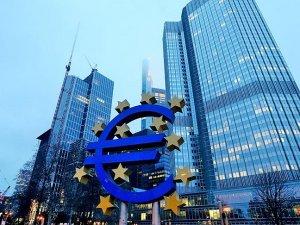 ECB faiz indirimine gitti