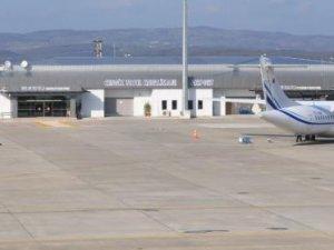 Cengiz Topel'de ilk tarifeli yurt dışı uçuş yapıldı