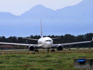 Rus havayolu şirketine Antalya'ya uçuş izni