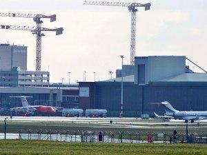 Brüksel Zaventem Havalimanı'nın açılışı için çalışmalar sürüyor