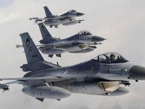 Ürdün'de askeri uçak düştü