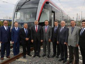 Bozankaya'nın ilk yerli üretim tramvayı Kayseri'ye geldi