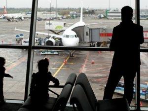 Hava yolcusu ilk 3 ayda yüzde 10 arttı
