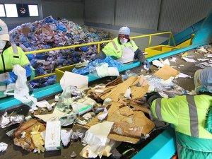 Çöpten 422 milyon lira geri döndü