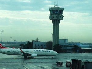 Uçuşlar 3 ayda yüzde 11,9 arttı