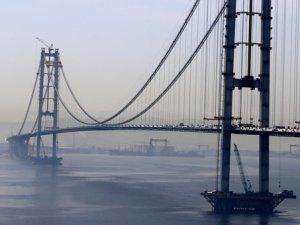 İzmit Körfez Köprüsü'nde iki yakası yarın birleşiyor