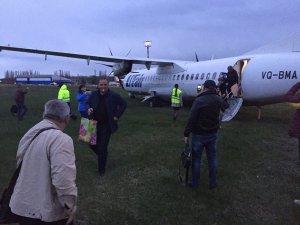 Utair uçağı pistten çıktı