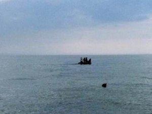 Büyükçekmece Celaliye açıklarında tekne alabora oldu: 8 kişi kayıp