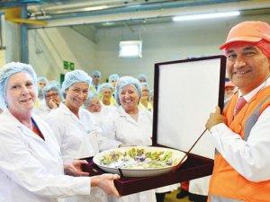 Ünlü patron İngiltere'de 4 ayda fabrika açtı